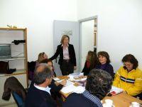 η νομάρχης Ηρακλείου Βαγγελιώ Σχοιναράκη με δασκάλους
