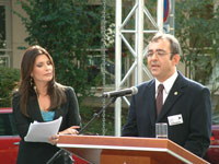 Γιάννης Λουκαράκης στον χαιρετισμό του στο Στρασβούργο