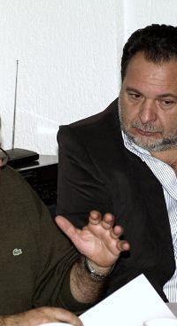 ο δήμαρχος Νεάπολης και πρόεδρος της ΤΕΔΚ Λασιθίου Ν. Καστρινάκης και ο δήμαρχος Ηρακλείου και πρόεδρος του ΕΣΔΑΚ Γ. Κουράκης