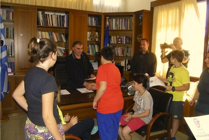 Μαθητές και Δάσκαλοι του 3ου Δημοτικού Σχολείου βραβεύτηκαν από το Δήμαρχο Ιεράπετρας