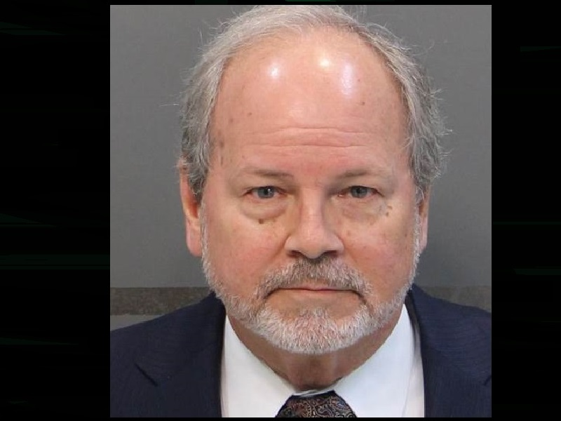 HAMILTON COUNTY COMMISSIONER INDICTED BY GRAND JURY – 105 7