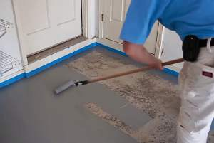How to clean the garage floor before painting