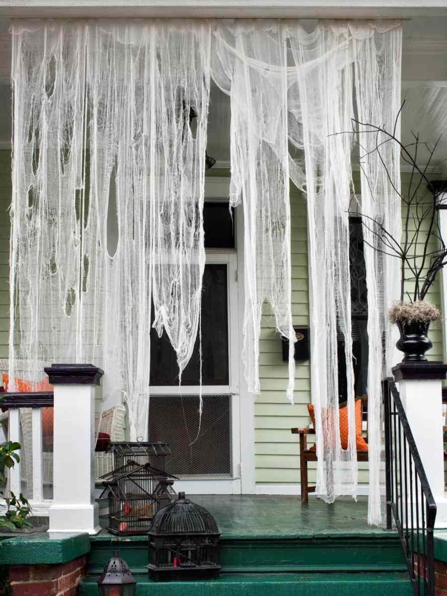 original_Brian-Patrick-Flynn-Halloween-ghostly-drapery-beauty_3x4.jpg.rend.hgtvcom.1280.1707