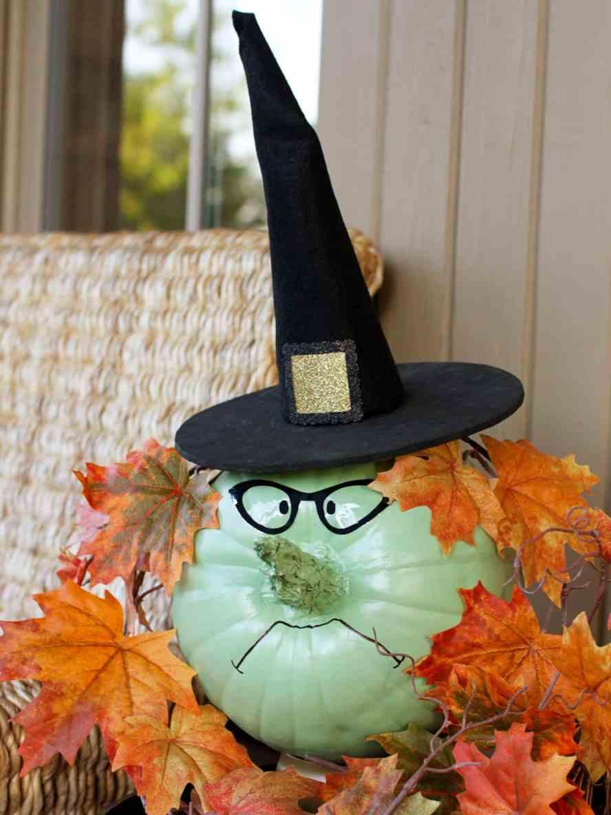 original_Layla-Palmer-Halloween-witch-pumpkin-beauty.jpg.rend.hgtvcom.1280.1707