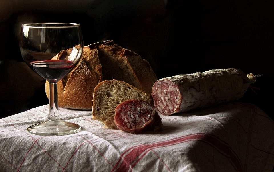 şarküteri ve şarap