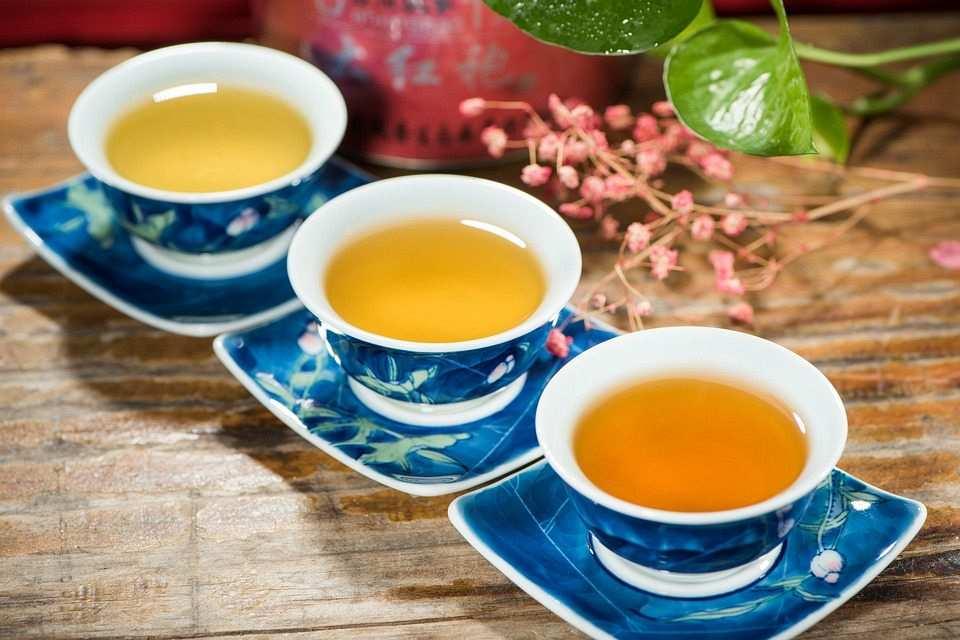 küçük çay fincanları