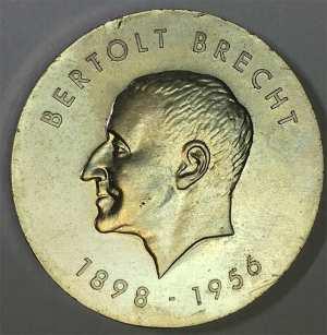 Bertolt Brecht para