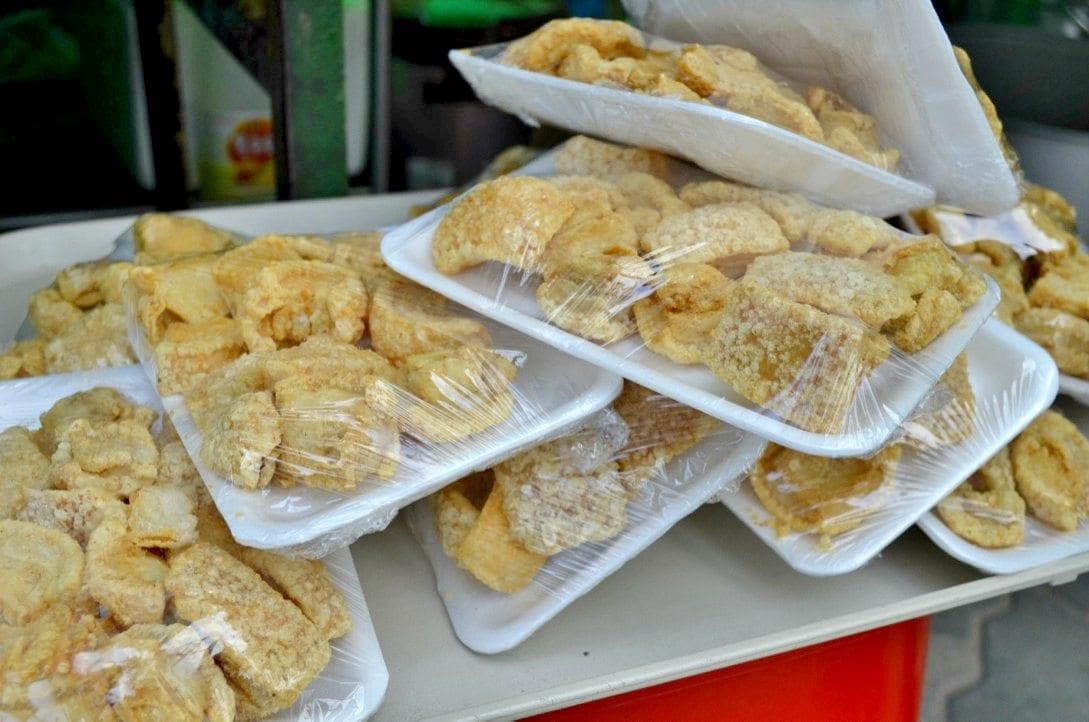 filipino market in seoul hyehwa daehangno chicharon