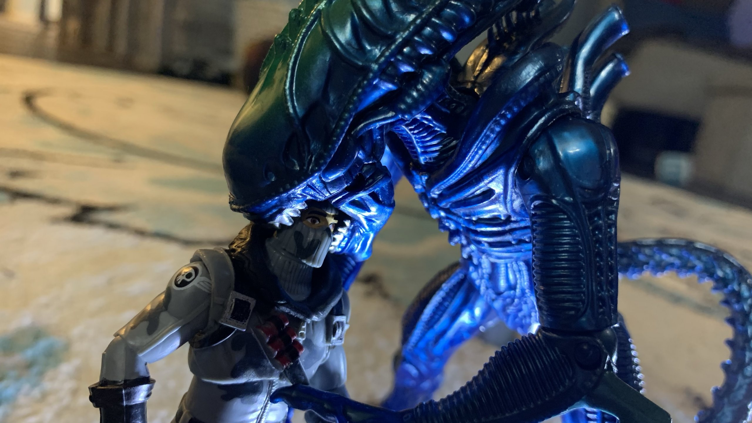 Lanard Toys Alien Warrior Xeno vs Jazwares Fortnite Havoc