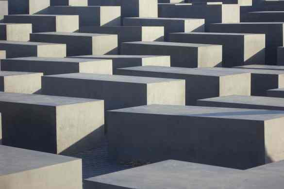 Holocaust_monument_Berlijn