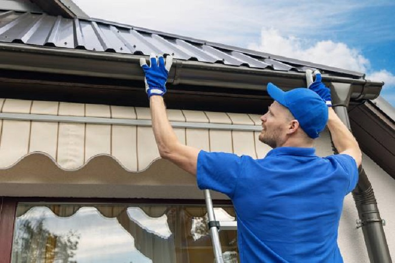 Gutter Cleaning Techniques