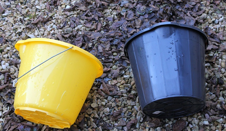 How to Clean Buckets – Removing Tough Lime Scaling