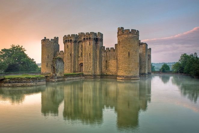 10 Most Beautiful Castles In The World: Bodiam Castle, England