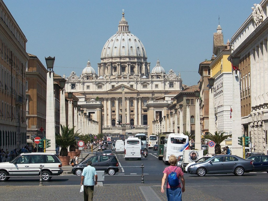 Most Famous Churches In The World: St. Peter's Basilica, Rome (source: wiki)