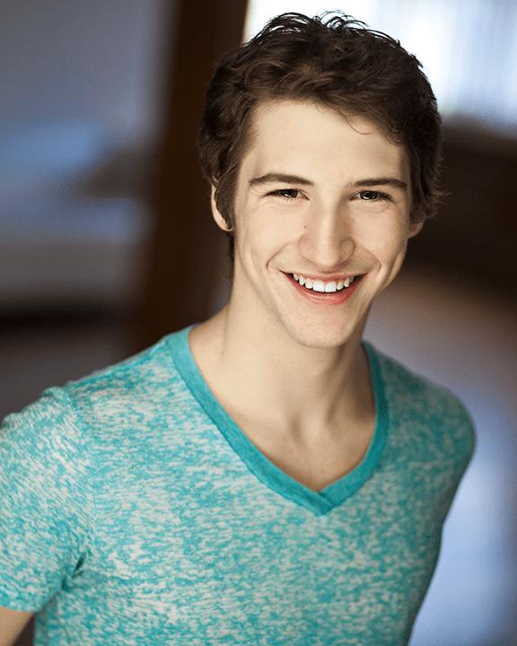 Evan Taylor Benyacar
