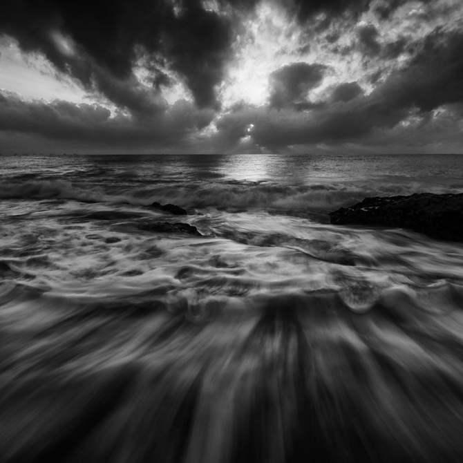 sea-black-and-white-nature-331092