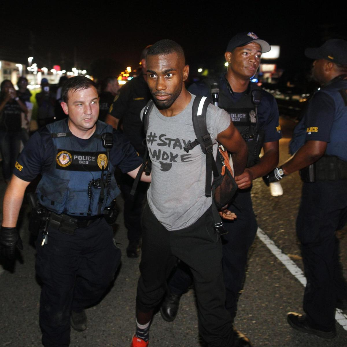 deray-mckesson-live-streamed-his-arrest-during-a-blacklivesmatter-protest-in-baton-rouge-1468167440