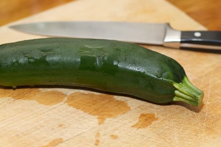 Courgette klein snijden 1