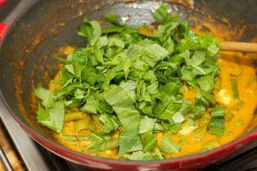 Gele curry met groene groente 30