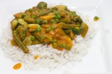 Gele curry met groene groente 38