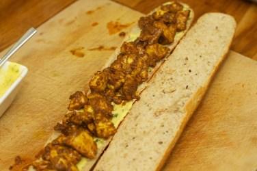 Stokbrood met kip en gele curry 34