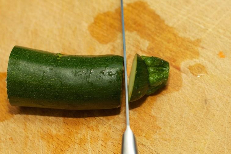 Hoe snij je een courgette julienne 1