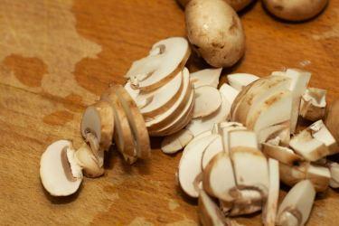 Zelfgemaakte champignonsaus 2 (1)