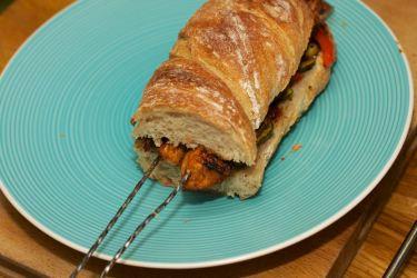 Broodje Thaise kip en gegrilde groente 37