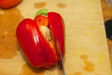 Hoe snij je paprika in stukjes (1)