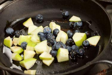 Salade met zomerse dressing van blauwe bessen 35