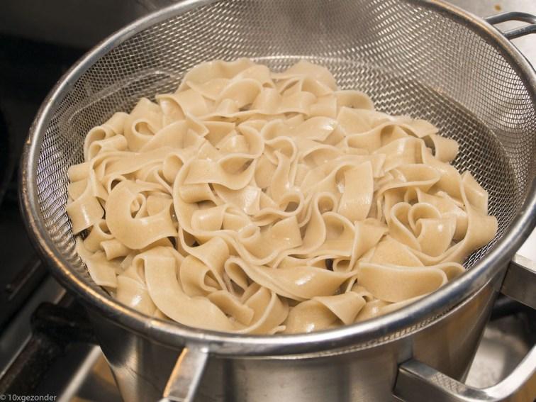 Romige pasta met prei, champignons en spekjes (34 van 40)
