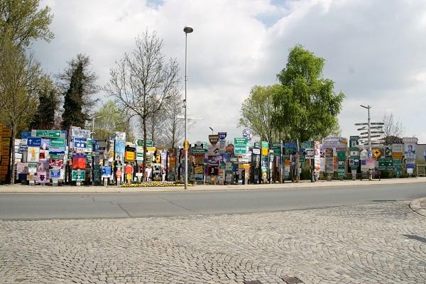 Der Fernwehpark Signs of Fame in Oberkotzau
