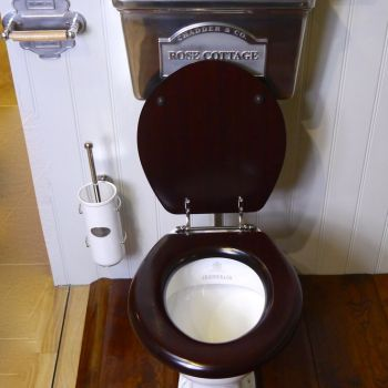 replacing toilet cistern