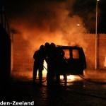 Het voertuig stond volledig in brand