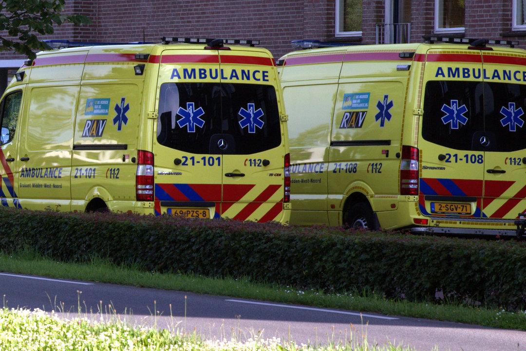 Motoragent gewond na aanrijding.