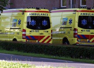 twee ambulances