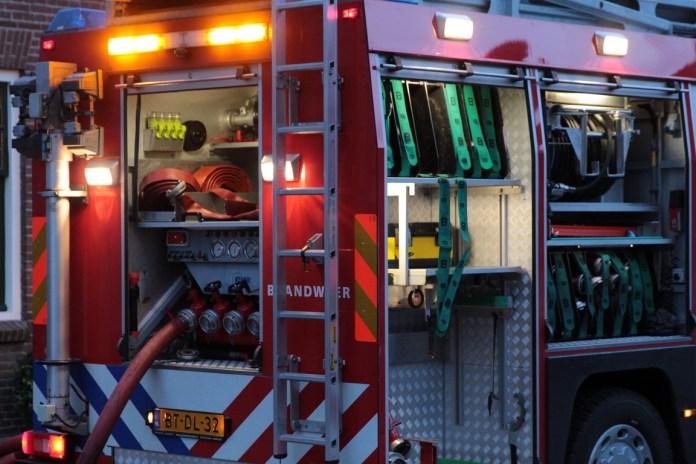 Brandweerwagen uitgepakt bij een melding