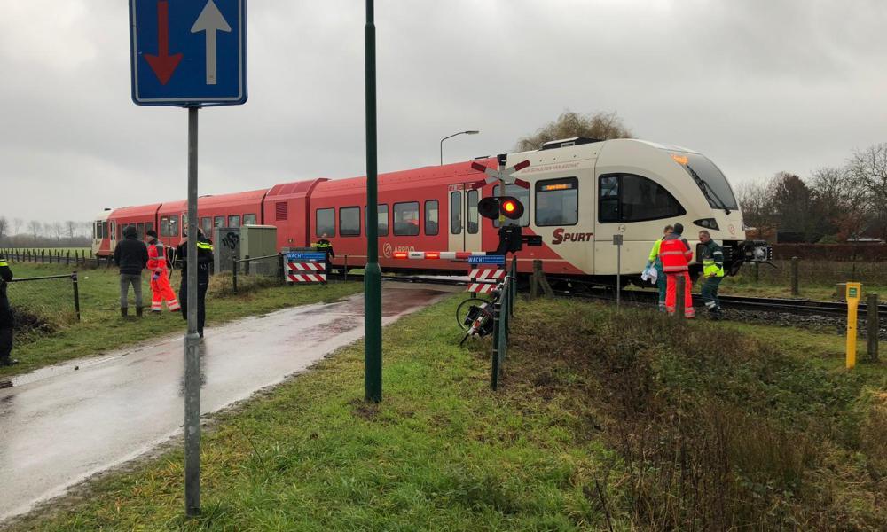 Aanrijding tussen persoon en trein.