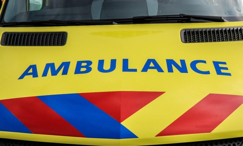 Dordrecht - Fietster raakt zwaar gewond na aanrijding, bestuurder is aangehouden.