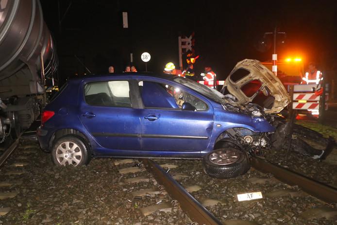 Automobilist ontkomt op tijd aan aanrijding met trein bij Boxtel.