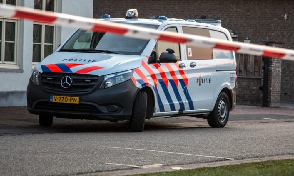 Fietser overleden na verkeersongeluk.