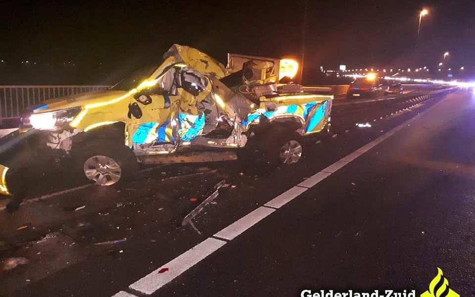 Weginspecteur gewond bij aanrijding op de A2.