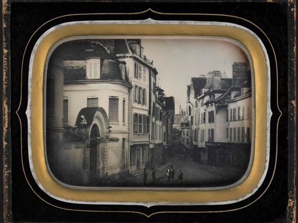 Ancienne place de la Banque, daguerréotype (17 x 14 cm), vers 1855, Médiathèque du Grand Troyes, photo P. Jacquinot