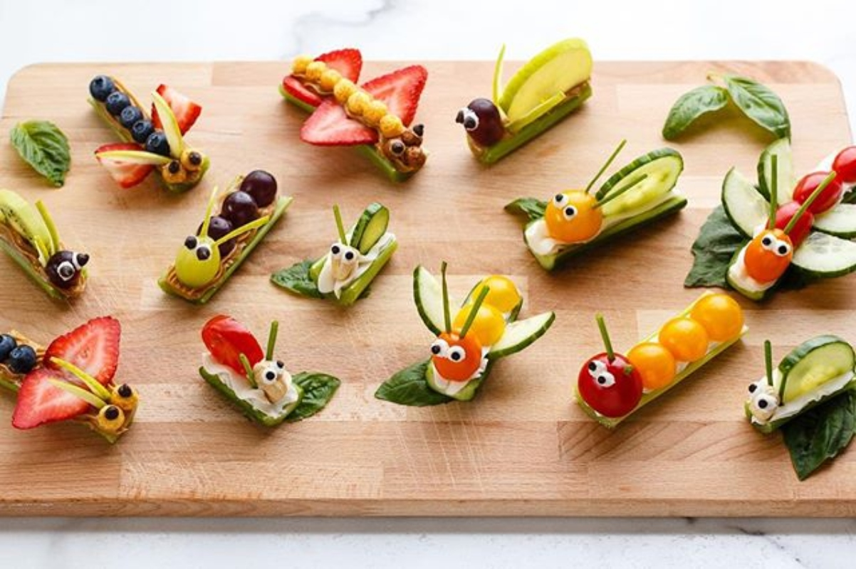11 Fun options for your children to eat more fruit