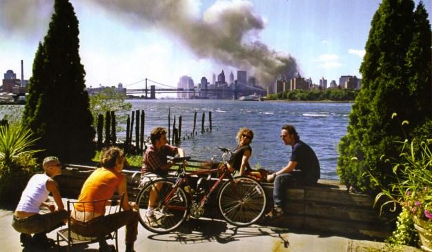 thomas-hoepker-williamsburg-brooklyn-11-septembre-2001