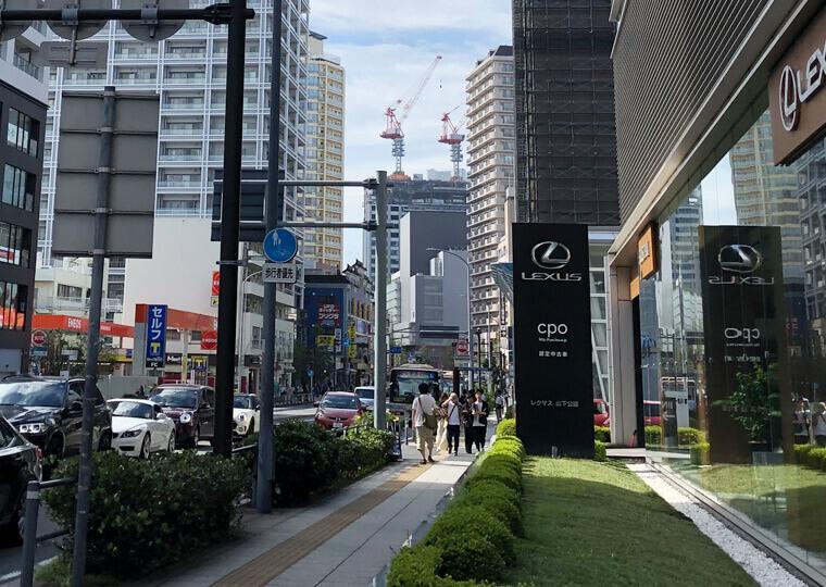 横浜市に建設中のハイアットリージェンシーホテルの建設写真