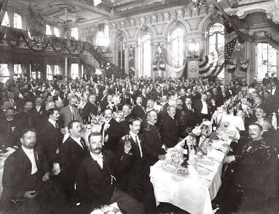 Audience at the Cafe Martin where the Telharmonium was broadcast