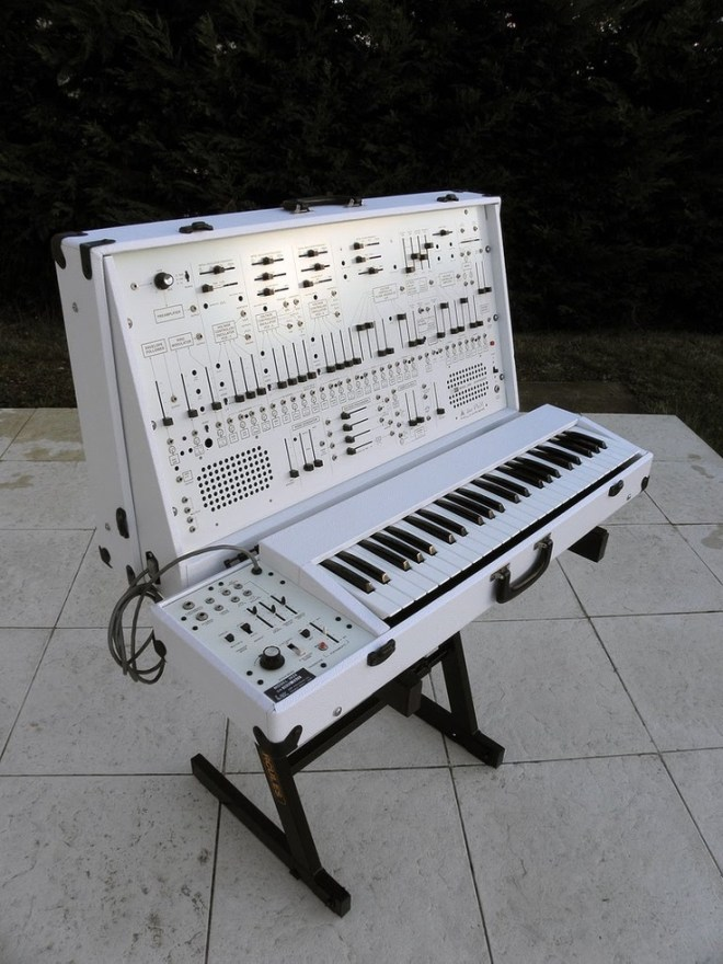 ARP 2600 white version