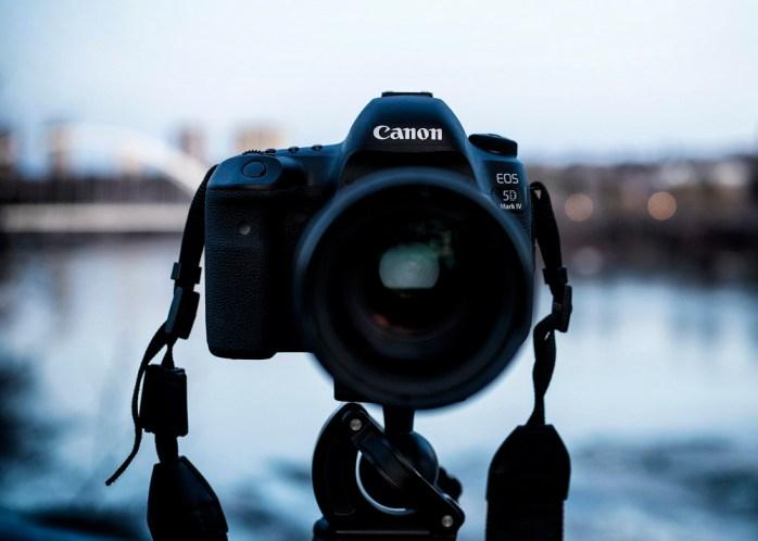 Canon full frame camera