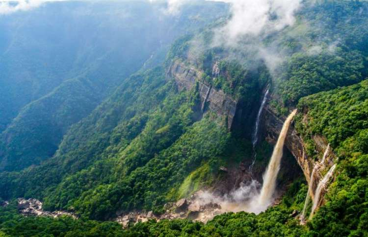 Nohkalikai Falls, India